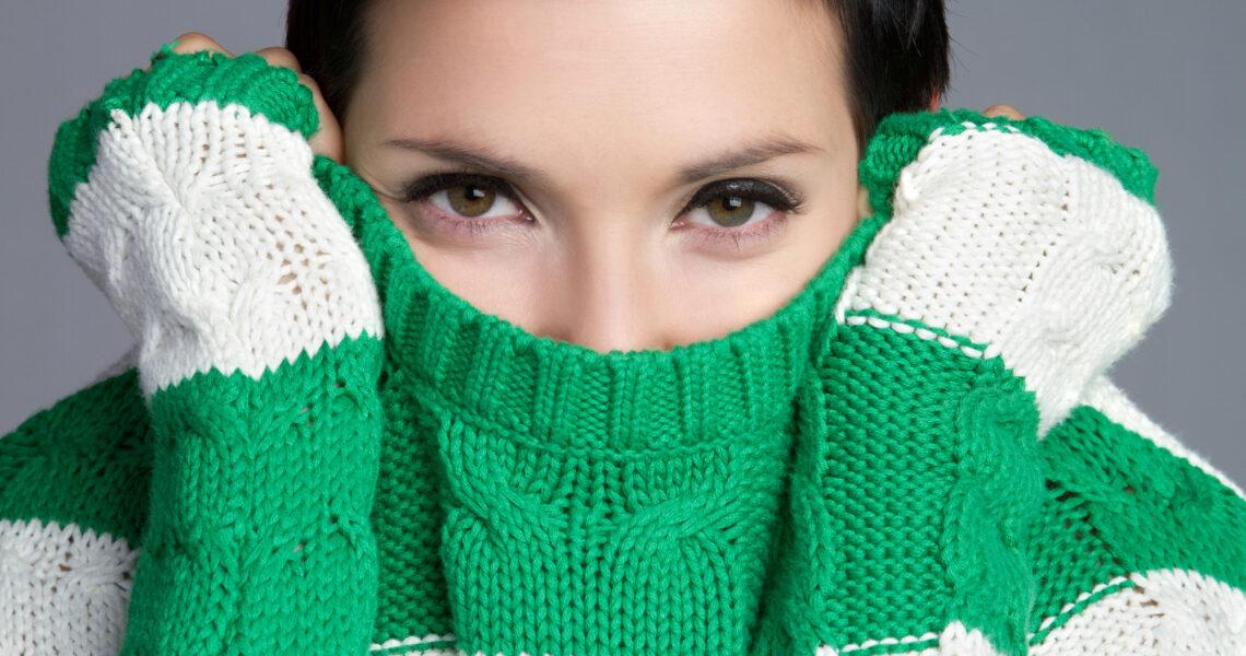 Kvinde med sweater
