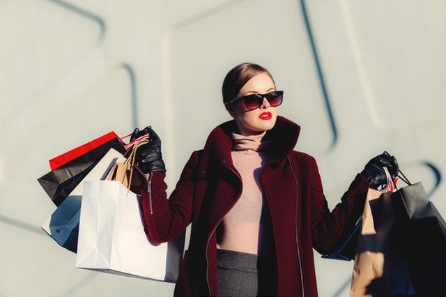 Gode råd til at spare penge på tøj online